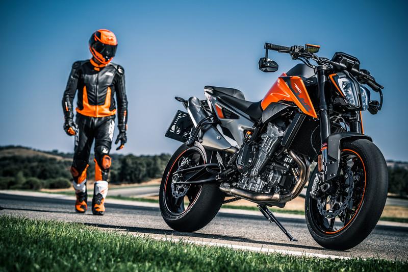 Motorrad Sitzhöhe Körpergröße